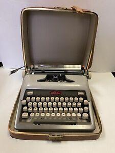 Vintage 1950's Royal Futura 800 Manuel Typewriter Grey Finish Red Logo