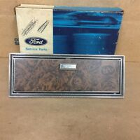 73 76 THUNDERBIRD NOS OEM FORD D5SZ-65238A06-A DOOR WOODGRAIN ASHTRAY HOUSING