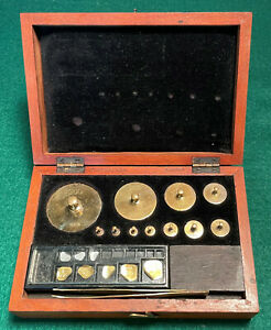 Boxed Set Antique Apothecary Weights in Grams by OERTLING LONDON Balance Scale