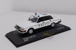 """MINICHAMPS 400171491 Volvo 240 1986 """"Politi"""" 1/43 #NEW"""