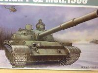 KIT MAQUETA RUSSIAN T-62 MOD.1960 1:35 TRUMPETER 01546