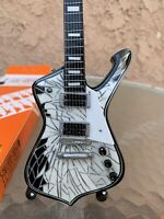 Paul Stanley / Kiss - Exclusive Mini Guitars / 1:4 Scale