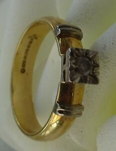18ct yellow white gold round traditional square shape diamond solitaire ring
