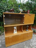 Stunning Teak Large 20th Century Modern Danish Style Sideboard Display Cabinet