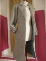 Ladies vintage 70s 80s grey cream TWEED WOOL COAT UK 14 16 pure new wool long