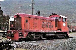 Yreka Western 21 _Yreka, CA _  ORIGINAL TRAIN SLIDE
