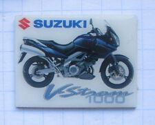 Suzuki Vstrom 1000... motocicleta pin (108i)