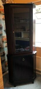 Stag Minstrel Glass Fronted Illuminated Corner Display Unit / Cabinet / Cupboard