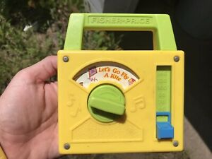 Vintage Fisher Price 791 Lets Go Fly A Kite Wind Up Radio 1978.