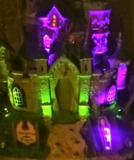 NEW RETIRED Lemax Spooky Town Collection VAMPIRE CASTLE #75498, Halloween