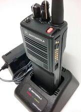 Motorola HT1000 UHF 403-470 MHz 16-Channel H01RDC9AA3AN Two Way Narrowband Radio