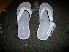 NWT CLARKS White Synthetic Cloudstepper Thong Sandals - SIZE 8