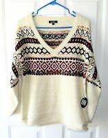 Cocobleu Size S Ivory Metallic Fair Isle Soft Cozy V Neck Pullover Sweater