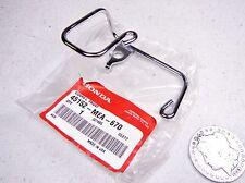 03-09 Honda VTX1300 LH Front Cable Guide Freno de Soporte 45152-MEA-670