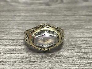 14K Yellow Gold Vintage Purple Stone Ring