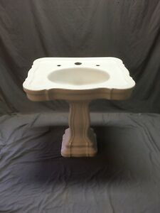 Antique Scalloped Serpentine White Porcelain Barber Pedestal Bath Sink 25-21E