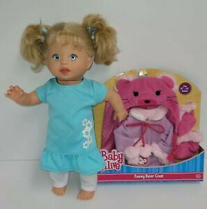 Mattel little mommy 2001 talking doll with extra outfit