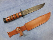 KA-BAR TYPE U.S. MARINE COMBAT KNIFE WITH LEATHER SHEATH