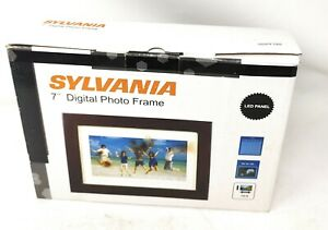 "Sylvania SDPF785 7"" Digital Photo Frame"