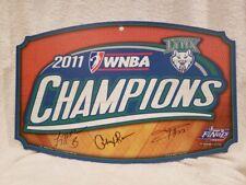 Minnesota Lynx '11 WNBA Champs Lyndsay Whalen Seimone Augustus Cheryl Reeve AUTO