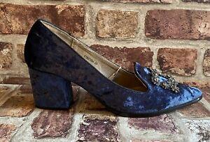 Kylie Women's Blue Velvet  Shoes Heel Size 7 40 BNWT Baroque