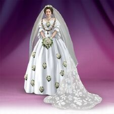 Royal Wedding Queen Victoria Figurine  Bradford Exchange