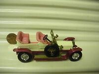 LESNEY MATCHBOX MODELS OF YESTERYEAR Y10C 1906 CREAM ROLLS ROYCE w PINK SEATS*
