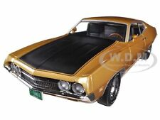 1970 FORD TORINO COBRA 429 4V GOLD LTD TO 1250 1/18 BY AUTOWORLD AMM1039