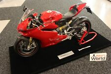 Pocher Professional built kit Ducati Panigale 1299 S 1:4 red + original vitrine