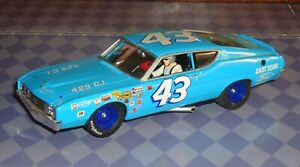 CARRERA 1/32 PETTY #43 FORD TORINO NASCAR SLOT CAR VERY NICE FREE SHIPPING
