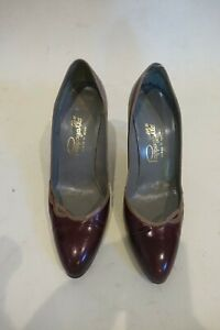 Vintage Pappagallo womens pumps sz 7, Made in Spain