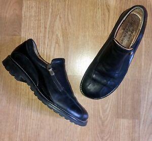 Donald J Pliner Sport Black Leather Loafer 7.5 M Slip On Zip