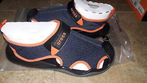 NEW Mens Crocs Swiftwater Mesh Deck Sandals, size 9               shoes