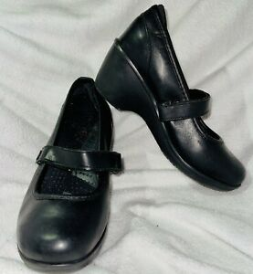 Crocs Ginger Mary Jane Wedge Heel Comfort Shoes Pumps Leather Black Womens 6.5