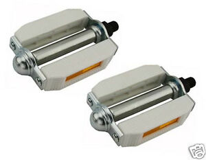 "Bicycle Pedals 507 Pvc 1/2"" White Chrome Pair Lowrider Chopper Kids Bikes 202507"