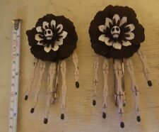 1 pair of hair accessories skeleton claws skull hand hair clips hairpin Large
