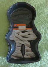 "NEW Wilton HALLOWEEN 15"" Mummy CAKE PAN Nonstick Baking Treat Spooky Creepy"