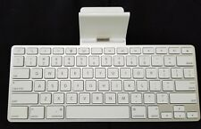 Apple iPad iPod Full Size Keyboard Docking Station A1359 preowned