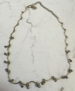Claire/'s Girl/'s Antiguo Medallón De Tono Plata Pendientes de gota