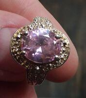 Bague en argent  massif et pierre rose à identifier