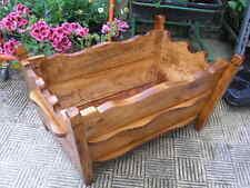 JARDINERA maciza de madera, largo 80 cms.