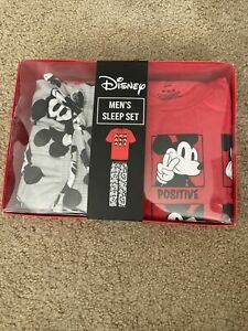 NEW Men's Disney Mickey Mouse 2 Piece Sleep Set Medium Shirt Fleece Pants $60