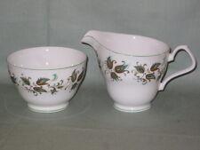 Royal Windsor Greensleeves Latte Brocca & sugar bowl