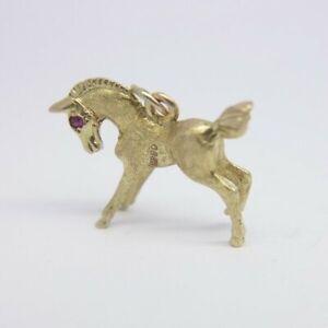 Horse Charm / Pendant - Pink Stone Set Eyes - 9ct Yellow Gold - 20x15mm