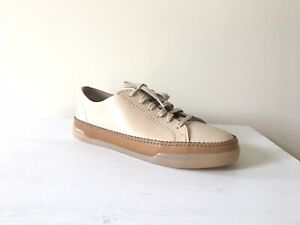 clarks 39.5 eu ~6uk beige leather rubber sole casual shoes