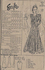 1940s WW2 Vintage Sewing Pattern B32 WEDDING GOWN DRESS (1445)