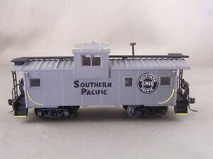 Roco - Southern Pacific - Cupola Caboose + Wgt # None