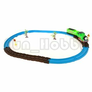 T & F Motorized Railway Set with Music and Light