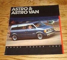 Original 1987 Chevrolet Astro & Astro Van Sales Brochure 87 Chevy