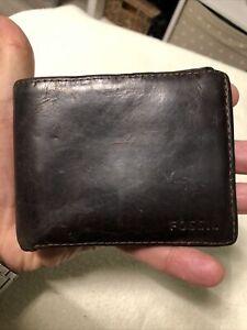 FOSSIL Vintage Gentlemans Dark Brown Thick Leather Bifold Wallet.